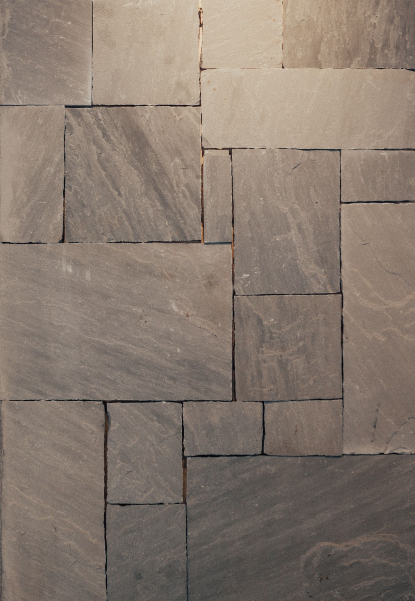 Natural Stone Veneers ǀ Faux Stone Siding ǀ Stone Veneer: J & R Garden, Stone, And Rental Inc